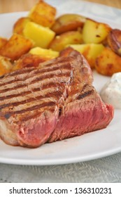 Grilled Steak with potato wedges