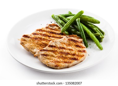 Grilled steaks and green bean