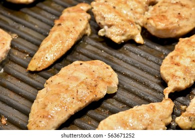 Grilling chicken on the stove top