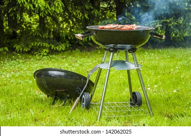 Grilling theme with barbecue stuff
