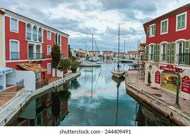 GRIMAUD, FRANCE - NOVEMBER 3, 2014: Street canals in Port