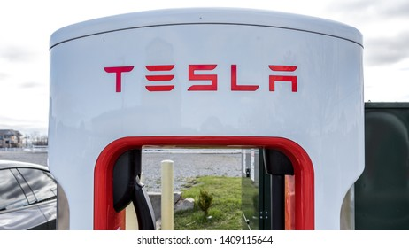 GRIMSBY, CANADA - April 24th, 2019: Top of Tesla Supercharger Stall in Grimsby, Ontario.