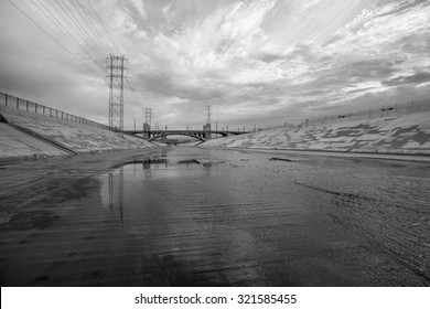 The gritty Los Angeles river in black and white.