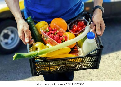 groceries delivery service