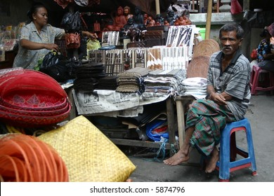 groceries seller