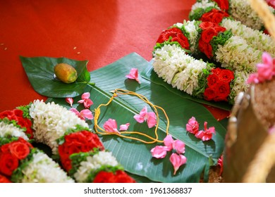 Groom tie a Thali Tali knot to the Bride to take care of her for the entire life.Traditional Kerala Hindu Wedding Knot popularly known as Thali Tali.It is a union of two individuals as spouses