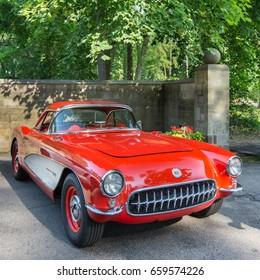 "GROSSE POINTE SHORES, MI/USA - JUNE 13, 2017: A 1957 Chevrolet Corvette ""Fuelie"" at the EyesOn Design car show, held at the Edsel and Eleanor Ford House, near Detroit, Michigan."