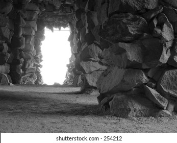 Grotto made of natural stones in Black & White.