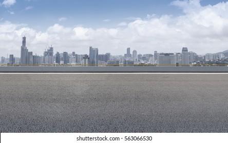 Ground road and Xiamen skyline