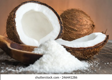 Grounded coconut flakes