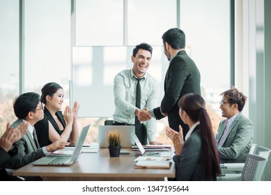 Group of Business People Meeting in Corporation. The Success Business  organization Teamwork. Business People Teamwork Meeting Corporate. Event Seminar Training Meeting of Entrepreneurs for Start Up.