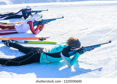 group doing biathlon race