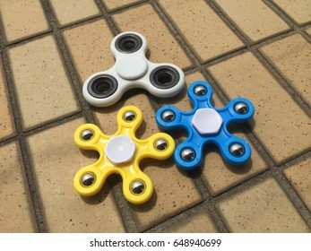 Group of fitged spinner