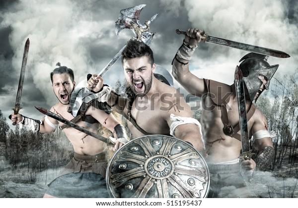 Группа гладиаторов/воинов готова к бою