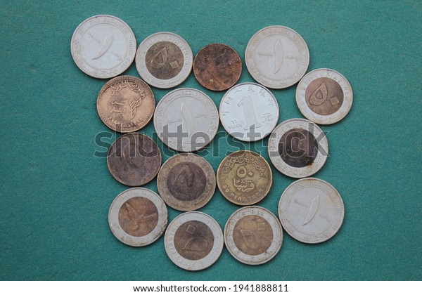 group-old-coins-sudanese-coin-600w-19418