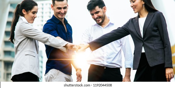 A group of people Business or customer display the symbol agreed to guarantee products and services assessment. Satisfaction of the customer.