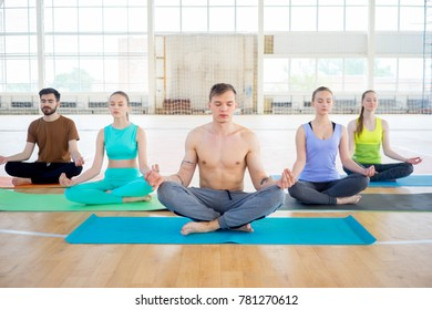 Group of people in a gym