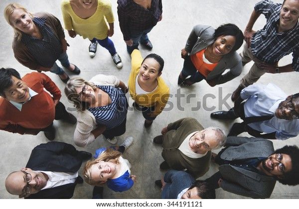 Gruppe von Menschen Team Diversity lächelndes Konzept