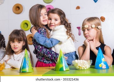 Group of small children celebrating birthday
