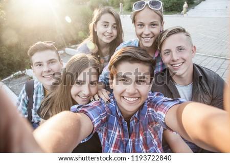 suku puoli kamerat Teens
