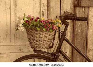 grunge bicycle and old fashion.