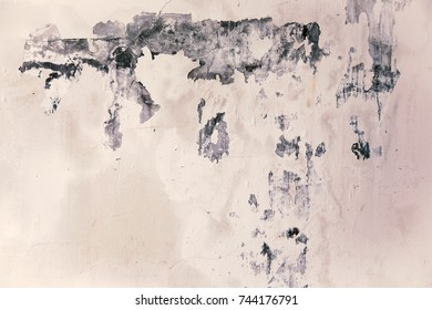 Grunge old concreate wall with peeling off paint