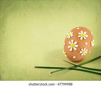 Grungy background with easter egg