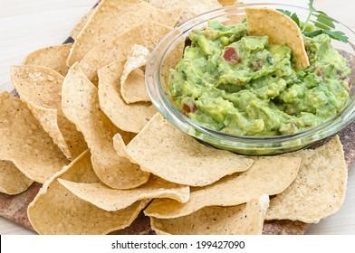 Guacamole with corn tortilla chips