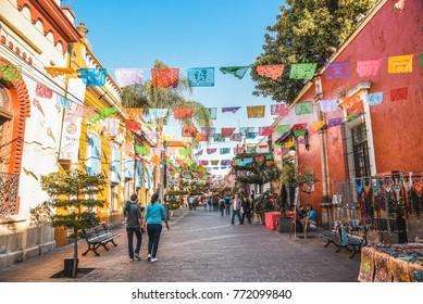 GUADALAJARA, JALISCO, MEXICO - NOVEMBER 23, 2017: street of Tlaquepaque