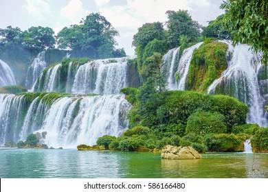 Guangxi Detian cross-border waterfall