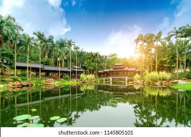 Guangxi Nanning Qingxiu Shan scenery, lakes and ancient buildings.