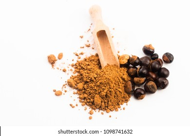 guarana seeds and powder