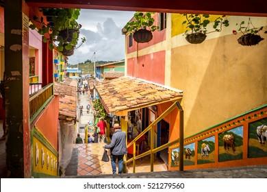 Guatape la città più colorata della Columbia - Views around the Andes, Columbia Sud America