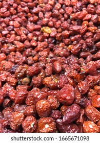 Guatemala City / Guatemala - cerca 2020: Red tiny sun-dried and smoked chili peppers called Chile Cobanero sold at the Terminal Market in zone 4