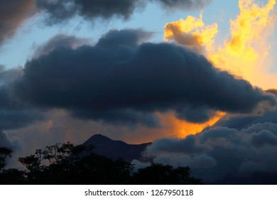 Guatemala, the Fuego on 14.11.2018 four days before his outbreak on 19.11.2018 in Central America, the last volcanic eruption in November