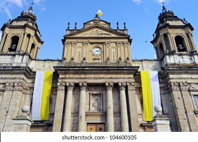 the Guatemala Metropolitan Cathedral in Plaza Mayor