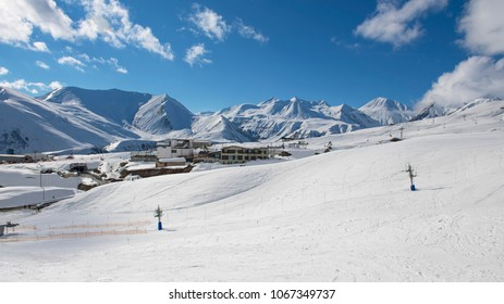 Hotels in Dombai - plunge into a wonderful ski holiday