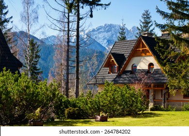 Guesthouse and mountain snowy landscape horizon in Zakopane