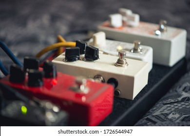 guitar pedals, many effects like overdrive, reverb, booster
