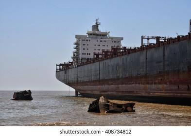 GUJURAT, INDIA - APRIL 1,2016: Ships on a junkyard on April 1, 2016 in Gujurat.