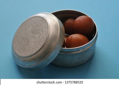 Gulab jamun in a box