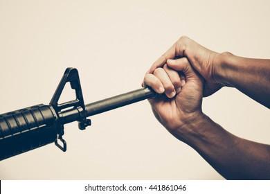Gun control in vintage tone / Press freedom violated / Stop gun violence