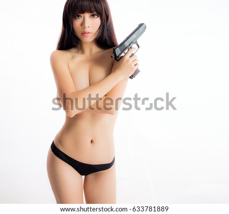 Gun with big sexy girl