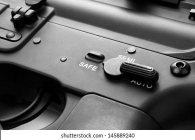 Gun switch on safe mode position