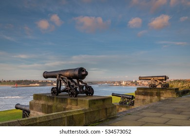 Guns from Royal Sovereign / The Collingwood Monument overlooks the mouth of the River Tyne, a memorial to Admiral Lord Collingwood. The four guns upon it  belonged to his ship the Royal Sovereign