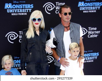 """Gwen Stefani, Gavin Rossdale and sons Zuma and Kingston Rossdale at the LA Premiere of """"Monsters University"""" held at the El Capitan Theatre in Hollywood on June 17, 2013 in Los Angeles, California."""