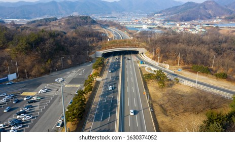 Gyeongbu expressway overlooking from the sky