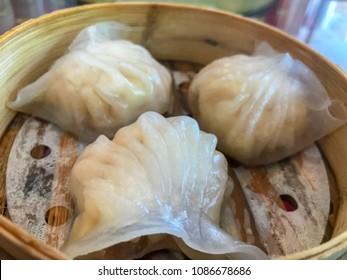 Ha gows shrimp dumpling Chinese on the basket