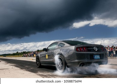 Haapsala, EE - JUN 18, 2016: Ford Mustang GT 5.0 V8 burnout with smoke