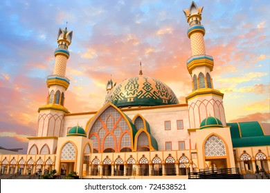 Habbul Wathan Mosque, Islamic Centre of West Nusa Tenggara, Mataram, Lombok, Indonesia at sunset